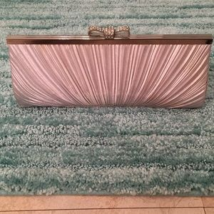 Charming Charlie's Evening/Elegant Clutch!